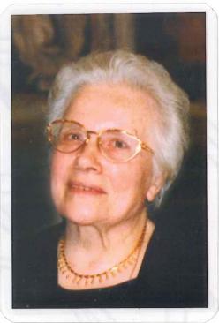 la sig.ra Stella in un ritratto di qualche anno fa, per la cortesia della famiglia Pezzolla;